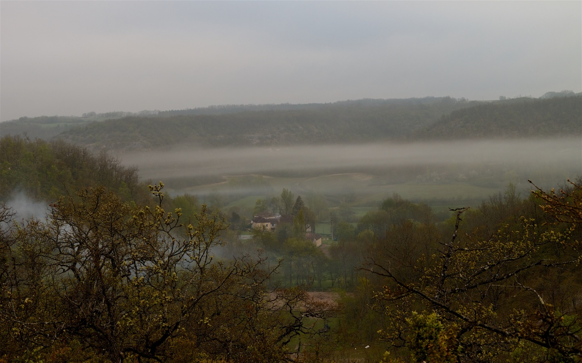Dawn mists at Pech Bely