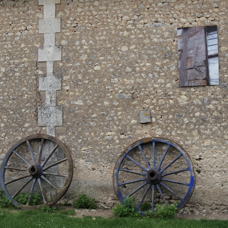 Art and plants both flourish in the Jardin du Coq outside Montignac-le-Coq
