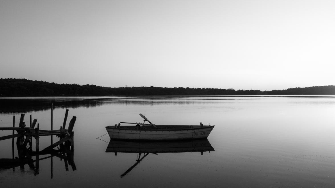 Pomer Bay - an artificial coastal lagoon and Natura 2000 site
